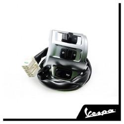Контактная группа (коммутатор) левая оригинал Vespa Primavera 125, 150 3V 2013-2017 Left Handle Switch Chrome 1D000630