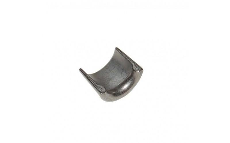 Сухарь клапана оригинал Piaggio. Valve Dish Spie M01-M04-M11-M27-C25/4t. 285846